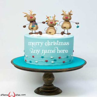 Amazing-Christmas-Eve-Decorated-Cake-with-Name
