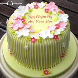 Amazing-Flower-Valentines-Wish-Name-Cake