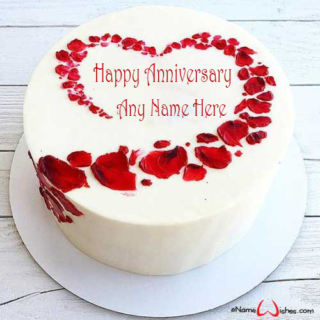 Anniversary-Cake-with-Name-in-Heart
