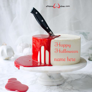 Bloody-Halloween-Cake-with-Name