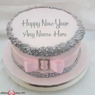 Write-Name-on-New-Year-Wish-Cake