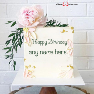 square-shaped-birthday-cake-design-with-name