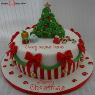 write-name-on-Xmas-cake