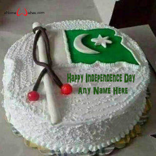 write-name-on-happy-independence-day-cake