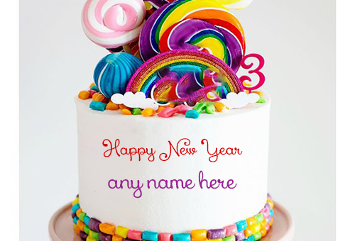 write-name-on-new-year-cake